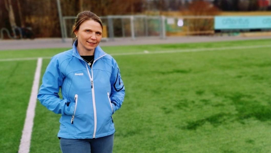 – LANG VEI IGJEN: – Jeg skulle tro vi burde slippe den kampen i 2020, men det er langt igjen, dessverre, sier Camilla Hille (V), utvalgslederen for oppvekst, idrett og kultur i Nordre Follo kommune.