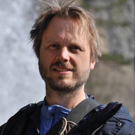 REAGERER STERKT: Anders Eldor Boye (46) fra Kolbotn er en av de mange foresatte som reagerer på de nye tildelingskriteriene.
