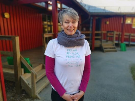 PIPPI-SKJORTE: Virksomhetsleder Anne Lien Simonsen var spent, men klar for å åpne barnehagen tirsdag.