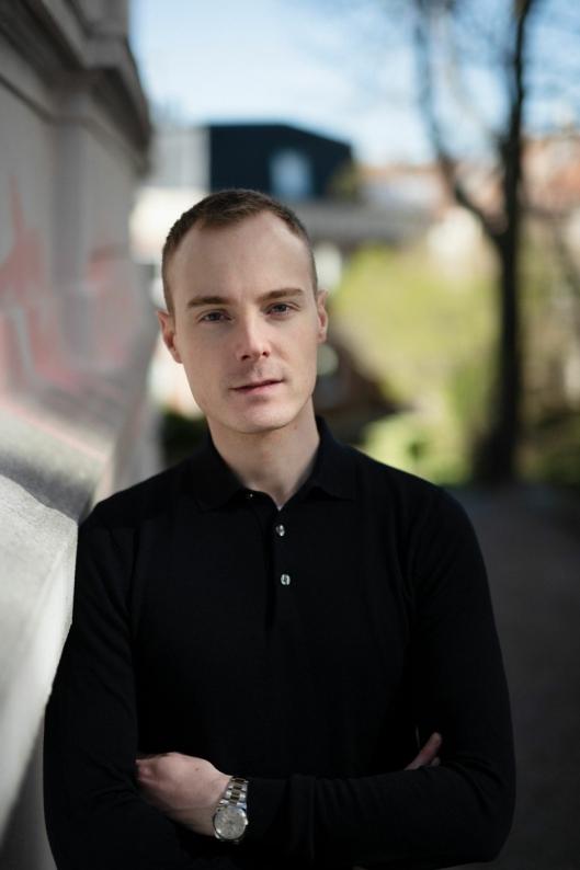 DEBUTERER: Alexander Kielland Krag debuterer som forfatter med ungdomsromanen «Dette blir mellom oss».