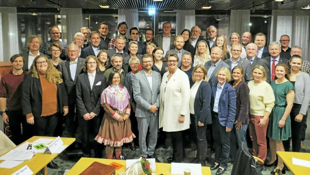 DÅRLIG KLIMA? Kommunestyret i Nordre Follo avbildet etter det første møtet i fjor høst.