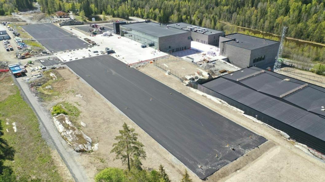 HELIKOPTERPLASS: Bildet viser nyasfaltert Oslo Helikopterplass Taraldrud.