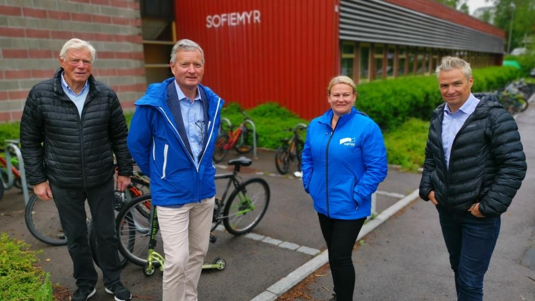 VIL BYGGE: Opposisjonen mener bygging av ny Sofiemyr skole ikke kan utsettes lenger. Fra venstre: Gunnar Vegsgaard (Pp), Knut Oppegaard (H), Cecilie Dahl-Jørgensen Pind (H) og Jarle Ørnebo (Frp).