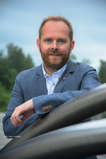 ØNSKER RASKEST FREMDRIFT: – Vi ønsker selvsagt å få banen på plass så fort som mulig, sier Oddbjørn Lager Nesje (Ap).