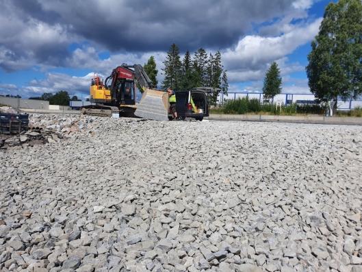 NY RUNDKJØRING: Den nye rundkjøringen med innkjøring fra Taraldrudveien til Sofiemyrveien, som skal være i drift i første kvartal av 2021, vil gjøre planområdet lettere tilgjengelig fra fylkesveien.
