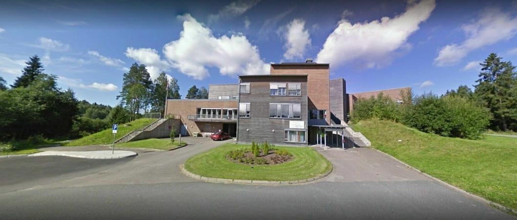 TESTSTASJON PÅ LANGHUS: Langhus bo- og servicesenter holder til rett i nærheten av Langhussenteret.