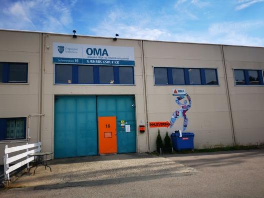 FLYTTER UT: OMA har butikk i Sofiemyrveien 16. I løpet av høsten avvikles butikken her og alt flyttes til Kolbotn Torg.