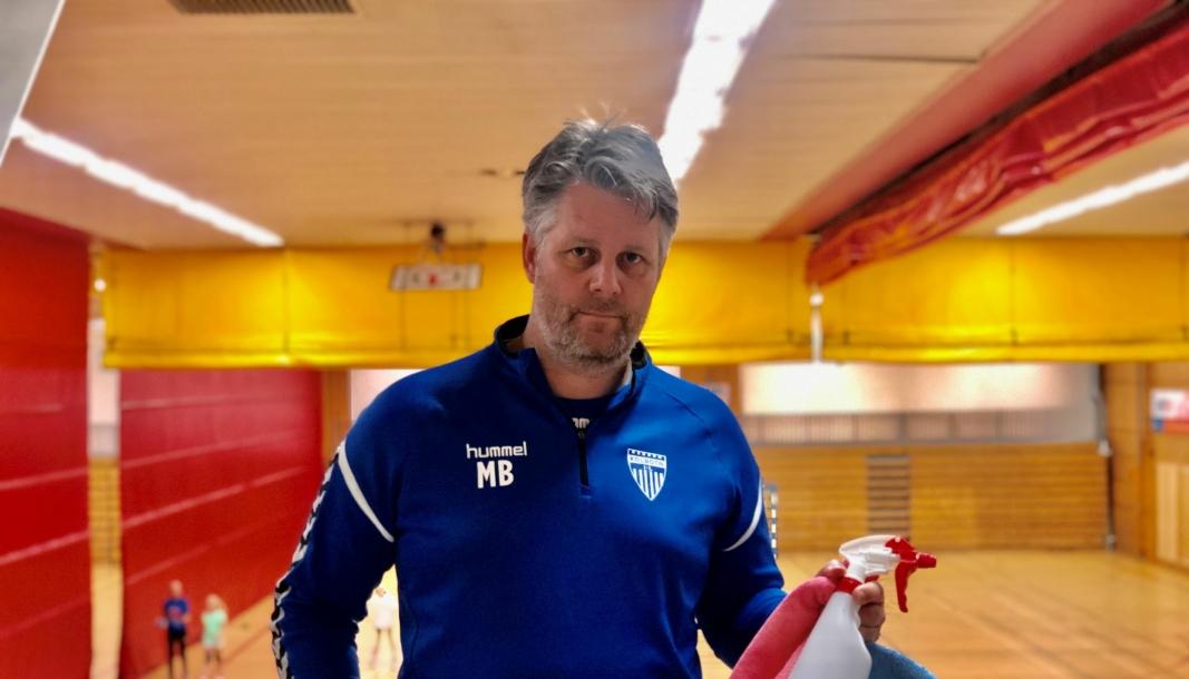 KOMMER MED TILSVAR: Marius Borge, sportslig leder i Kolbotn IL Håndball. Foto: Privat