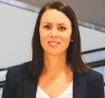 FORKLARER SITUASJONEN: – Bruk EasyPark-appen istedenfor, anbefaler senterleder Marianne Thoresen-Larsen ved Kolbotn torg.