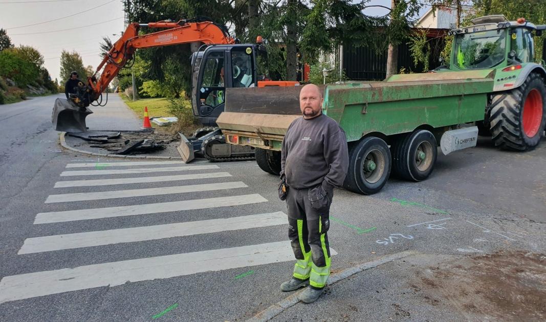 STARTET MED PROSJEKTET I DAG: På bildet kan du se Anders Larsen i Hadeland Maskindrift AS. Foto: Yana Stubberudlien