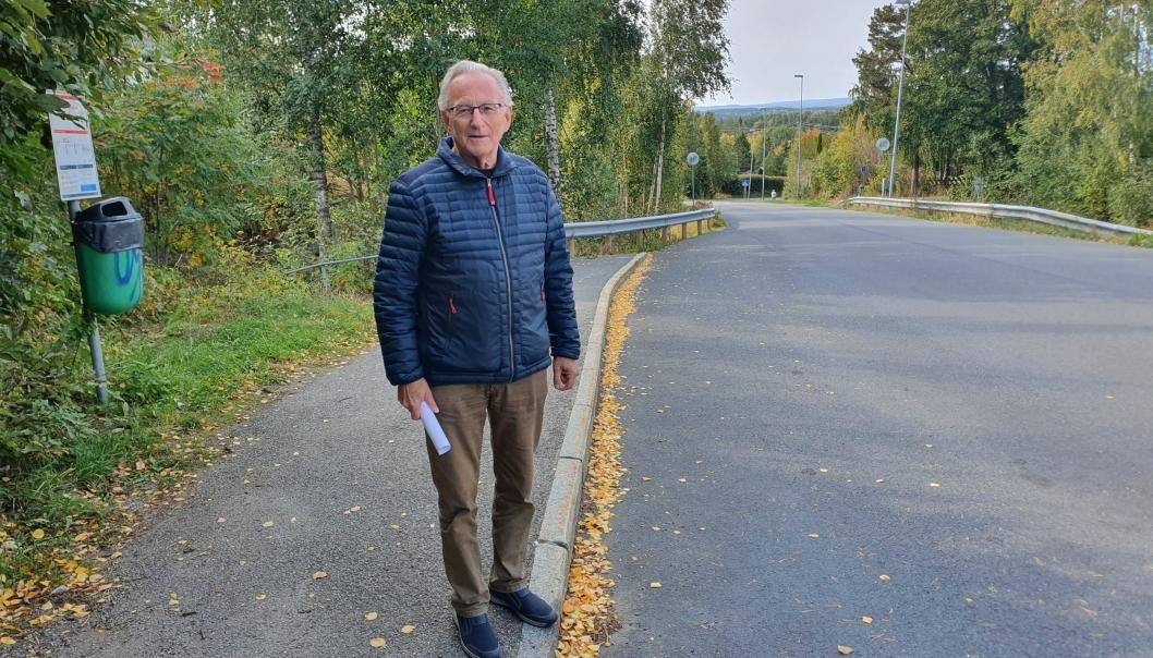 KJEMPER FOR TØMTEVEIEN: Kommunestyrerepresentant Halvor Stormoen (H). Foto: Yana Stubberudlien