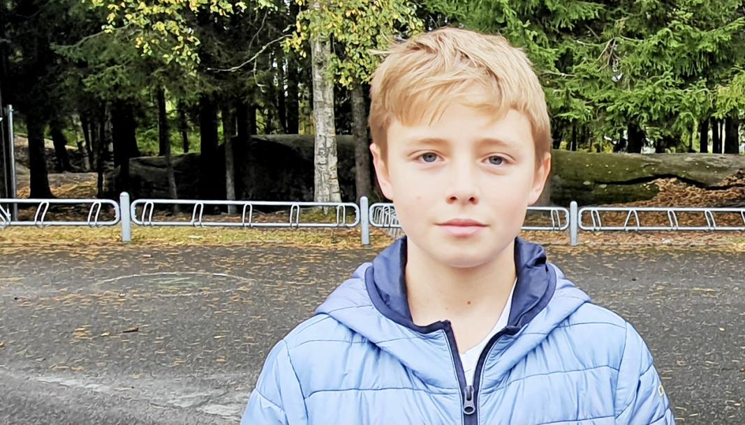 REAGERER PÅ KOMMUNENS FORSLAG: Finus Leder (13) har to søsken som kan bli rammet av kommunens forslag hvis det går gjennom. Foto: Yana Stubberudlien