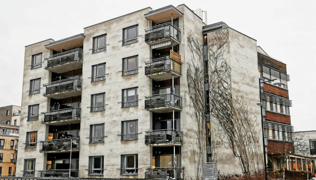 35 LEILIGHETER: Omsorgsboligene, som holder til i Harriet Backers vei 32 på Oppegård, ligger i nabobygget til Greverud sykehjem og har 35 leiligheter, fordelt på fem etasjer. Foto: Oppegård Avis