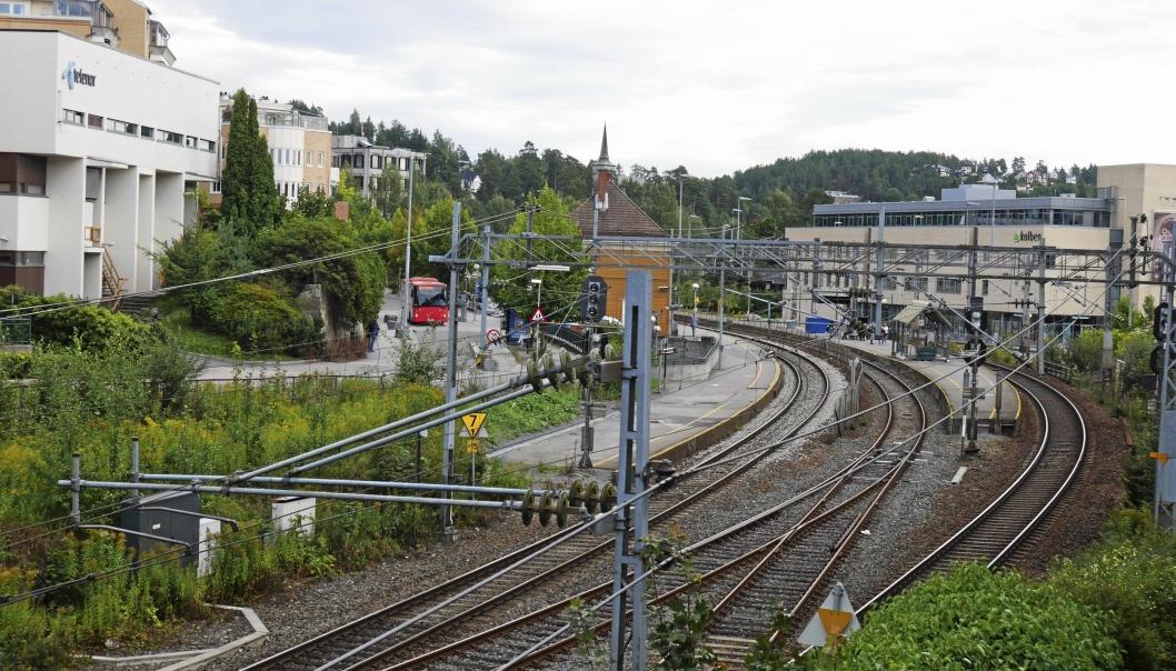 STENGT I HELGEN: Østfoldbanen vil være stengt mellom Oslo S og Kråkstad i perioden fra lørdag 24. oktober klokken 01:30 til søndag 25. oktober klokken 14:00. Foto: Yana Stubberudlien