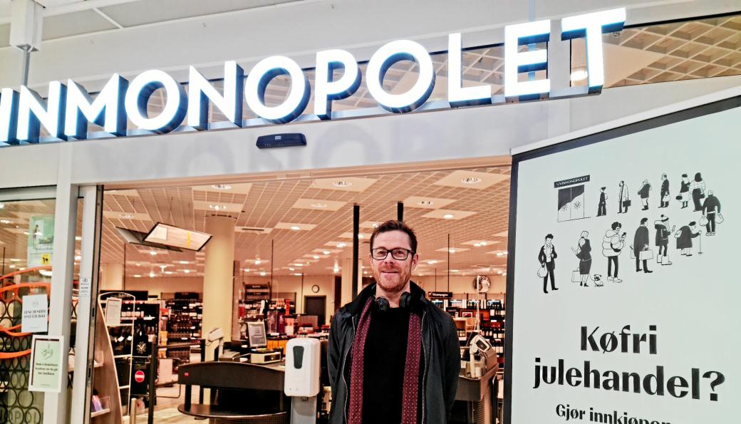 KOMMUNIKASJONSSJEF: Jens Nordahl fra Kolbotn er kommunikasjonssjef i Vinmonopolet. Han forteller at gigantoverskuddet går rett inn i statskassa