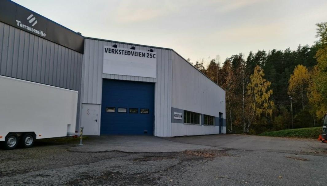 FLYTTET FOR DRØYE TRE UKER SIDEN: Kommunens teststasjon for Covid-19 flyttet fra Langhus bo- og servicesenter til industrihallen i Verkstedveien 25C i Ski lørdag 17. oktober.