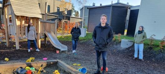 Kjemper for barna på Skogsåsen