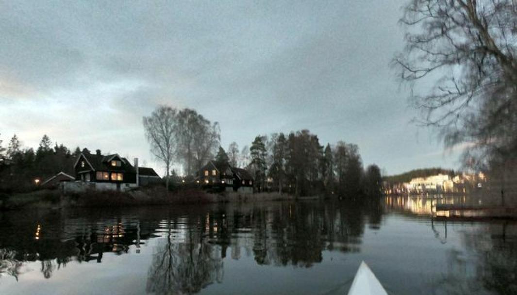 PÅ JAKT ETTER FLOTTE, KORTREISTE OPPLEVELSER? Da bør du prøve padling på Kolbotnvannet, anbefaler Ole-Anders Hjelseth. Foto: Ole-Anders Hjelseth
