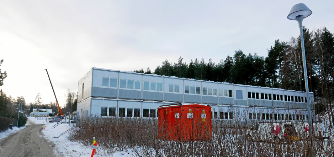 MIDLERTIDIG SKOLE: Elevene ved Kolbotn skole bruker midlertidige lokaler i Solkollen frem til november neste år. Foto: Yana Stubberudlien