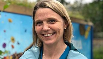 Camilla Hille (V).