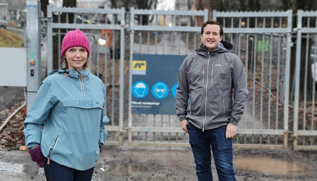 UTSETTER: Utvalgsleder Camilla Hille og nestleder Håkon Heløe i Utvalg for oppvekst, idrett og kultur går inn for å utsette endring i skolekretsgrensene.