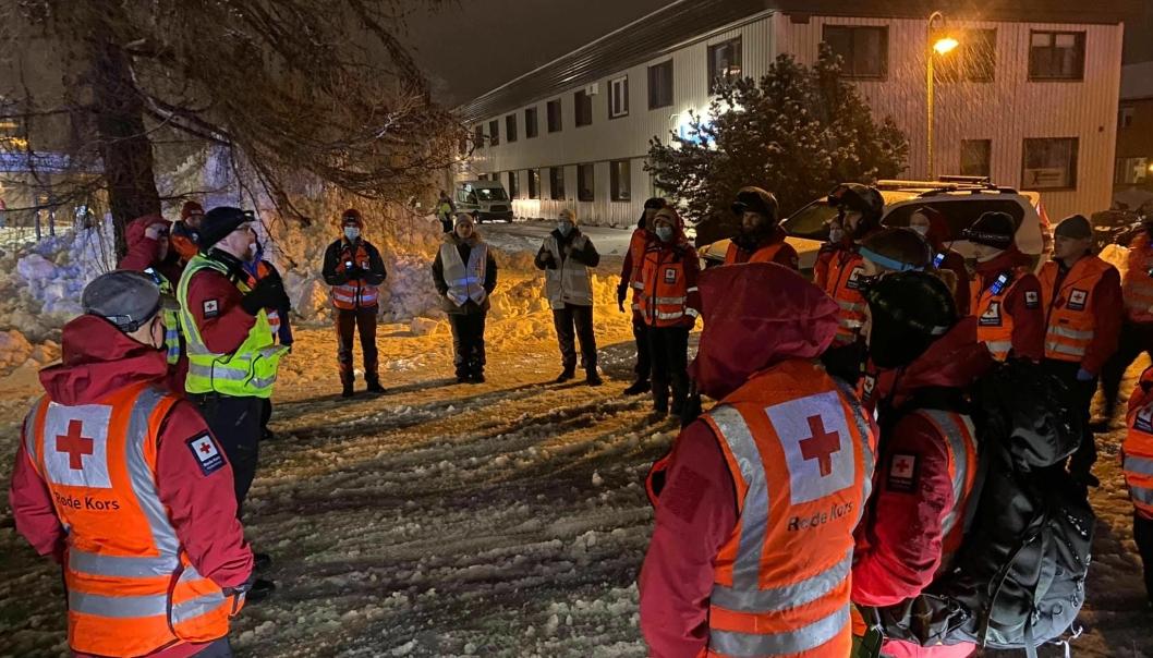 LOKALE FRIVILLIGE I AKSJON: Bildet er tatt på en de første aksjonsdagene. Foto: Oppegård Røde Kors