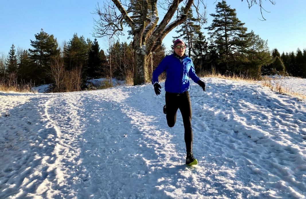 BRUK NATUREN! Løping i naturen anbefales, året rundt. Her fra en nydelig løpetur på snøunderlag nylig.