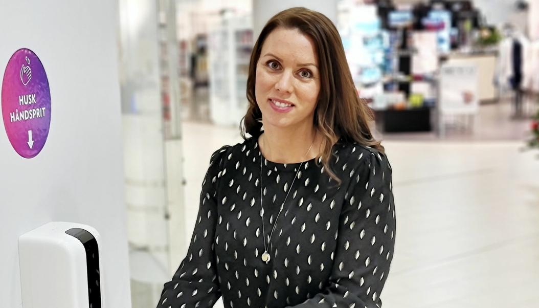 GODT TILSKUDD: Senterleder Marianne Thorsen-Larsen kan glede seg over nye leietakere, og mener dette er et godt tilskudd til miksen på lokalsenteret.