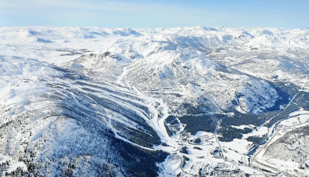 POPULÆR DESTINASJON: Hemsedal er en av landets mest populære skidestinasjoner. Jarle Ørnebo forteller at han har vært der den siste uken, fra før det ble kjent at det er påvist mutert koronavirus i Nordre Follo.