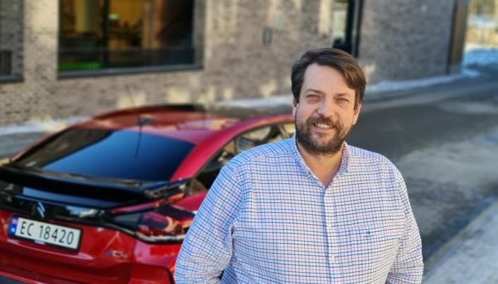 IMPONERT: Bjørn Vidar Lazar Braathen har 15 eldre Citroën. Til daglig kjører han en C5, og har to år igjen av leasingavtalen.