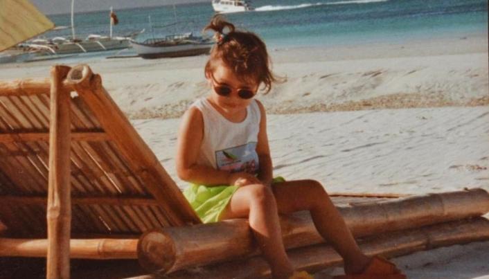 STRANDLIV: Sarah har to hjem: Norge og her på Filippinene.