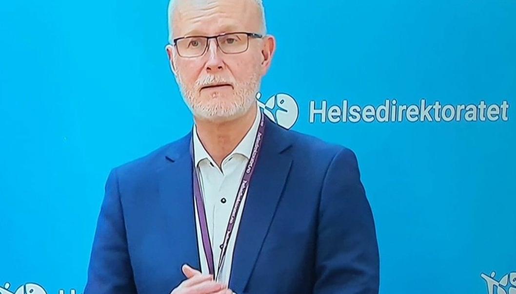 BEKYMRET: Helsedirektør Bjørn Guldvog mener at det blir vanskelig å holde smitten nede.