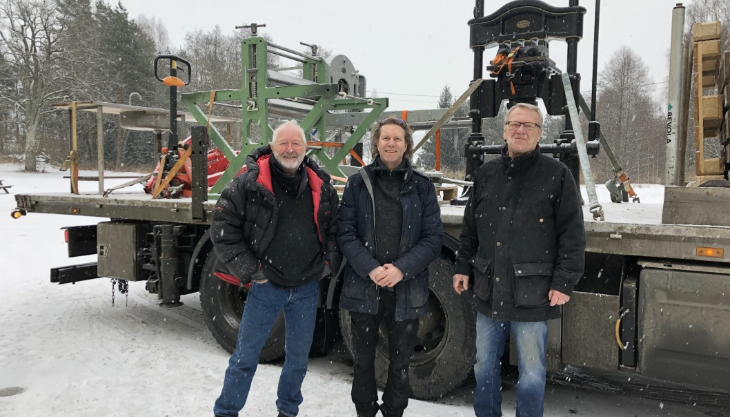 PÅ FLYTTEFOT: Jan Albert Fürst Kolstad, Tom Eidsvold Larsen og Erik Gellein Næss flyttet verkstedene sine fra Tyrigrava til Ås.