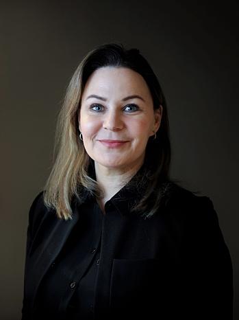 NY NÆRINGSRÅDGIVER: Elisabeth Rytterager (49) fra Jeløy ble ansatt som næringsrådgiver i Nordre Follo fra 1. oktober 2020. Det ble bevilget 900.000 per år til denne stillingen. Foto: Monica Stromdahl