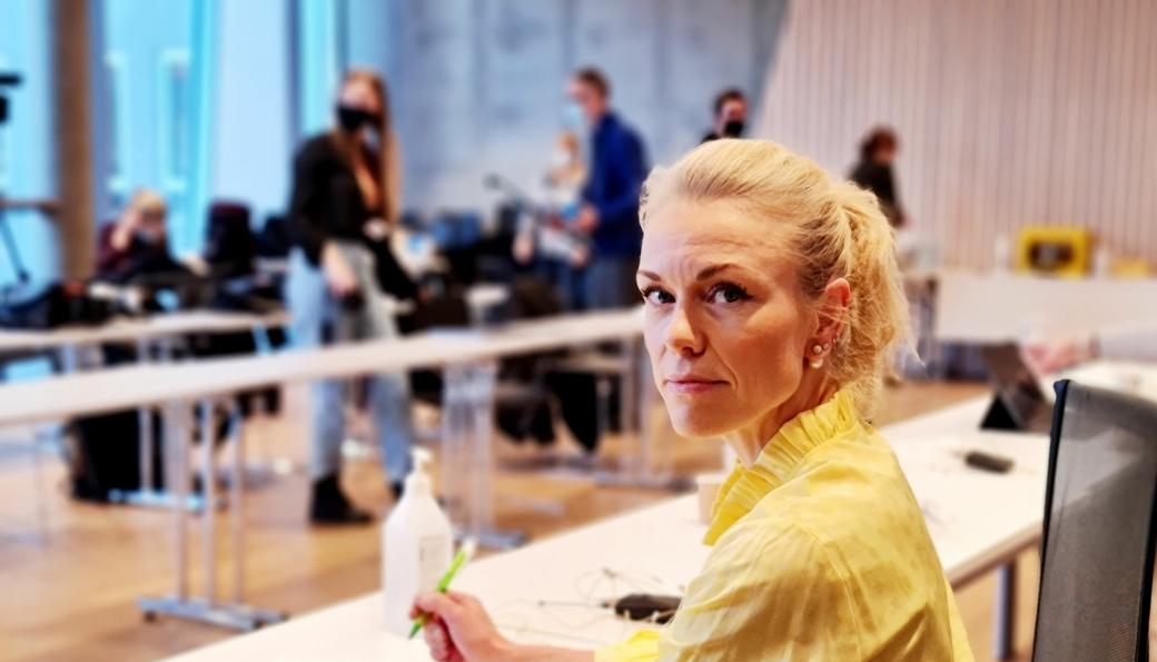 TAR GREP: Kommuneoverlege Kerstin Anine Johnsen Myhrvold innfører nye råd og anbefalinger for å begrense smitten i kommunen.