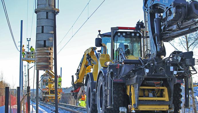 VEDLIKEHOLD OG UTBYGGING: På Østfoldbanen benyttes påsken til både vedlikeholdsarbeid og til utbygging av blant annet Follobanen. Foto: Marianne Henriksen, Bane NOR