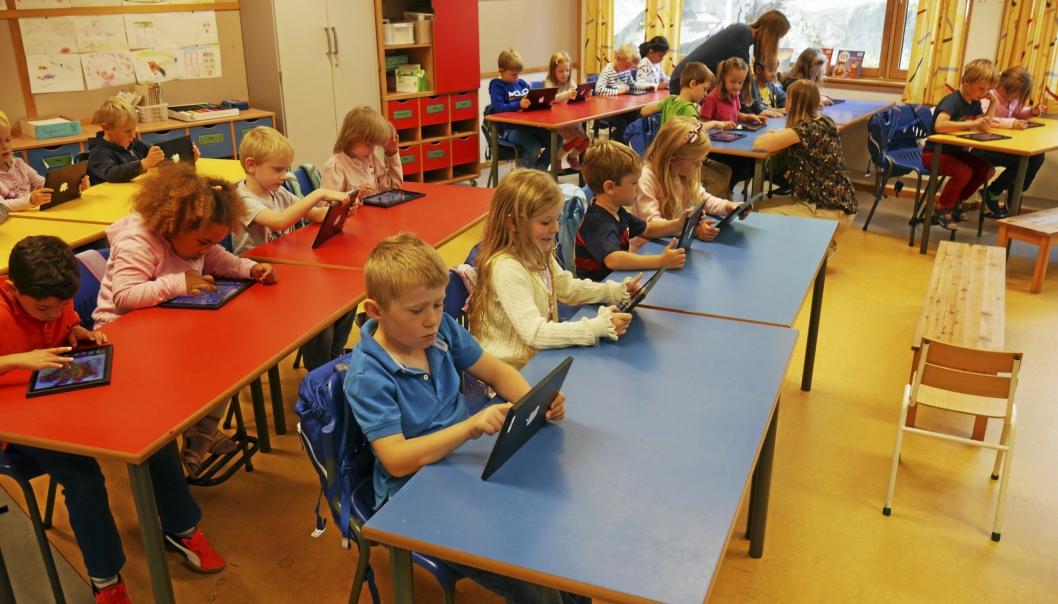 SER PÅ ANTALL ELEVER PER LÆRER: Bildet ble tatt på Østli skole og har ikke noe å gjøre med saken om lærernormen, men kun som illustrasjon for saken. Foto: Yana Stubberudlien