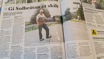 DEN GANG DA: 15. august 2013 gikk Halvor Stormoen ut i Oppegård Avis. Det skulle ta nesten åtte år å få skiltene på plass.