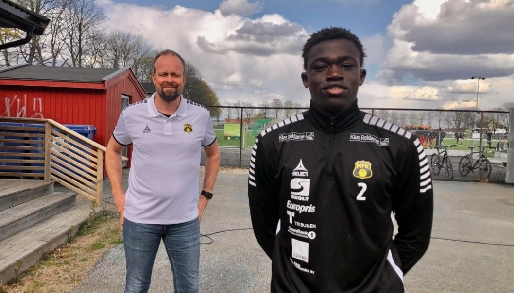 MOSSEKRÅKE: Mo tok de første sparkene hjemme på Ødegården. Nå har han signert for Moss, hvor tidligere landslagskeeper Thomas Myhre er sportssjef.