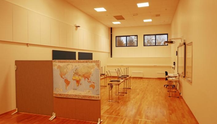 BYGGET OM I 2017: Jernias showrom i Fløisbonnveien 2-4 ble høsten 2017 transformert til seks undervisningsrom som ble leid inn av kommunen til voksenopplæring i regi av tidligere Oppegård kvalifiseringssenter (OKS). Foto: Yana Stubberudlien