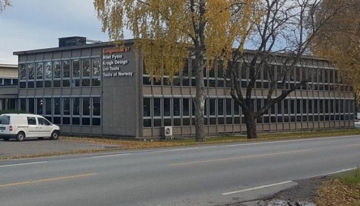FRA DSV TIL UNGDOMSSKOLE: DSV-eiendommen i Kongeveien 47 på Sofiemyr ble solgt i 2014. I dag eies den av Solon Eiendom. Når området er omregulert om noen år, kan det bli bygget et permanent skolebygg for WANG Ung Follo.