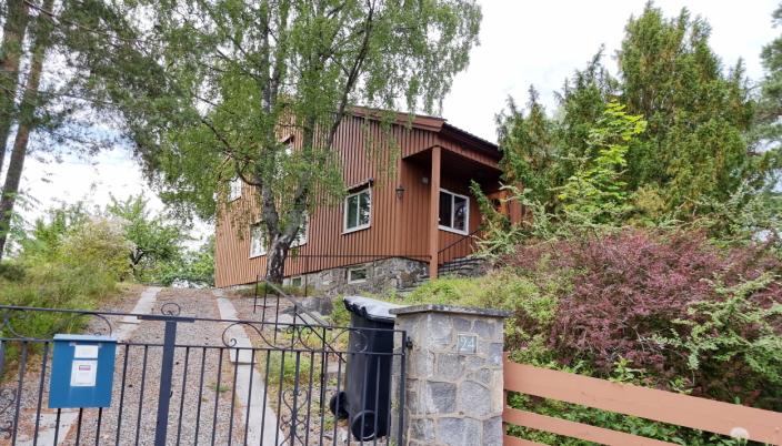 Fjellveien 24. 1410 Kolbotn: 178 m2. Byggeår: 1926. Solgt for 25,5 mill.