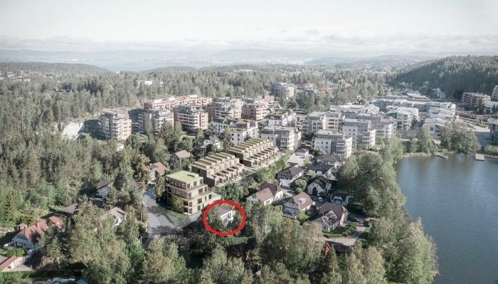 DET NYE FORSLAGET: På bildet ser du Båtsleppa 1 i rød sirkel ved siden av de nye byggene som skal bygges i området. Det endrede planforslaget innebærer at det legges til rette for bygging av 14 rekkehus mot Kantorveien og opp til 14 leiligheter, evt. rekkehus/dupleksrekkehus, i svingen Kantorveien/Båtsleppa. Kilde: R21 ARKITEKTER for KTV PROSJEKT