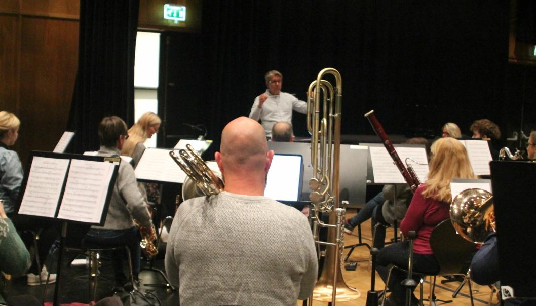 SISTE ØVELSE: Det aller meste satt som det skulle på orkesterets aller siste øvelse før jubileumsforestillingen.