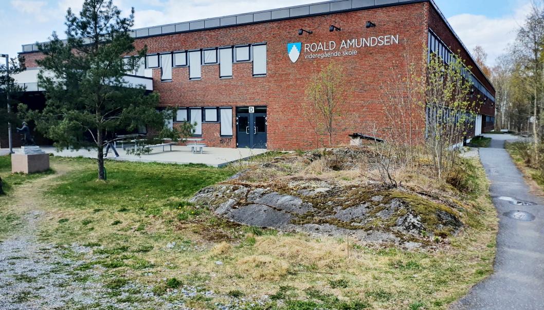 33 I ISOLASJON: Per onsdag 22. september satt 33 personer knyttet Roald Amundsen videregående skole i isolasjon. Skolen har 441 elever totalt. Foto: Yana Stubberudlien