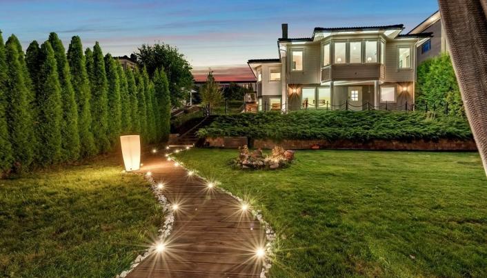 KAN SETTE REKORD: Denne boligen ligger ute til salgs for 22 millioner, nærmere bestemt 0,2 millioner kroner lavere enn den nest dyreste boligen som er solgt i Oppegårds historie.