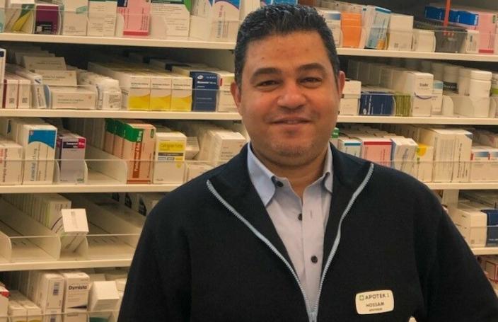 GLEDER SEG: Apoteker og gründer bak apoteketableringen på Myrvoll Torg, Hossam Kandil, gleder seg til å åpne det nye apoteket torsdag 21. oktober.
